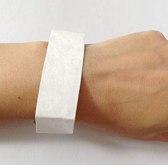 RFID UHF PP Flexible Paper Wristband Tag With One Time Use Disposable Waterproof